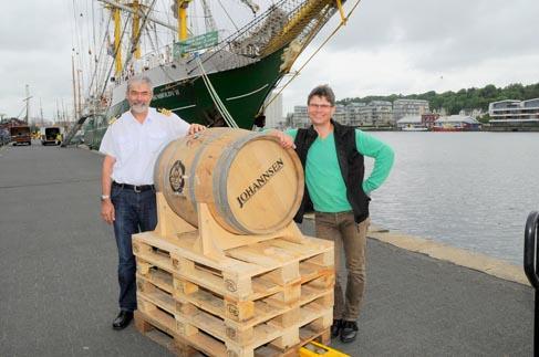 Kapitän Tilmann Hebekus und Martin Johannsen